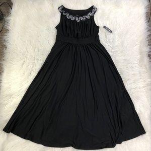 Forever Women's PL Black Pouf Dress